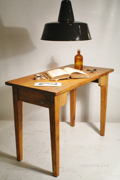 Schreibtischplatte holz  Goldstein & Co., While stocks last. — Small wooden table